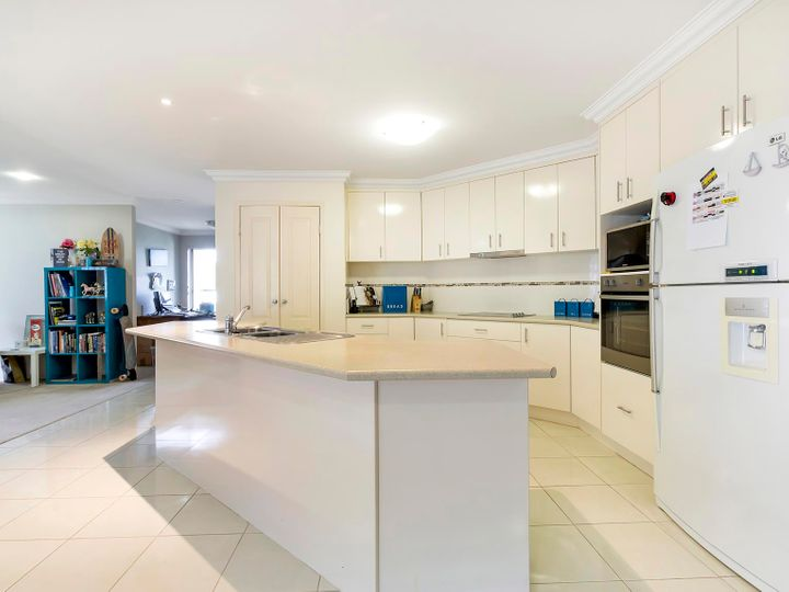 3 Crusade Court, Coomera Waters, QLD