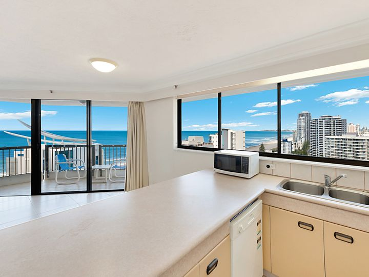 28 Northcliffe Terrace, Surfers Paradise, QLD