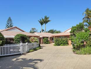 SPACIOUS TRIPLEX UNIT IN QUIET CUL-DE-SAC NEAR VILLAGE - Buderim