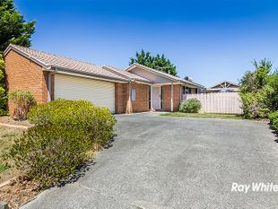 AMAZING FAMILY RESIDENCE - Cranbourne North