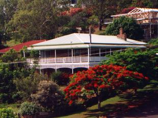 Big Traditional Sea View Home. - Taranganba