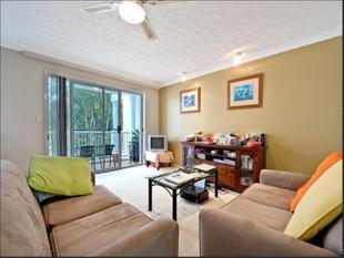 FURNISHED APARTMENT ON CHEVRON ISLAND - Surfers Paradise