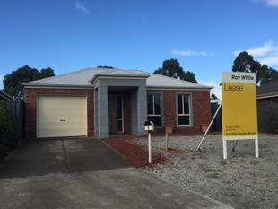 $310pw....Must be Leased NOW ! - Caroline Springs