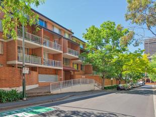Spacious 2 Bedroom 1 Bathroom and 1 Car space Apartment! - Ultimo
