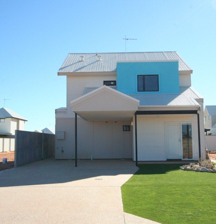House leased exmouth wa 20 dugong close for Beds exmouth