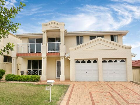 Shell Cove, 26 Green Crescent