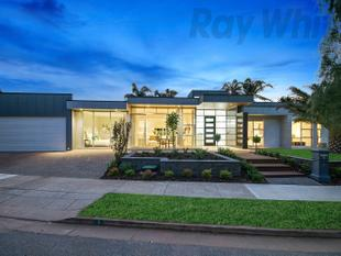 Nudging The Boundaries Of Glenelg North, Adjacent To Glenelg Golf Club & Moments Away From Immanuel College The Location Is Just Perfect! - Novar Gardens