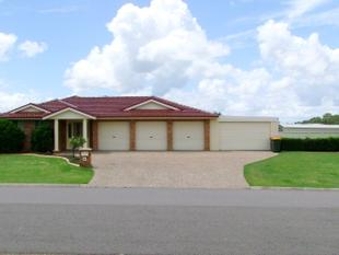 Storage Plus....Spacious...15m x 6m Covered Entertaining Area - Singleton