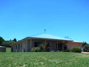 MODERN HOME IN PEACEFUL ESTATE - PRICE REDUCED!! - Kingaroy