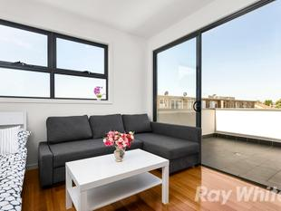 Prestigious Townhouse, Perfect Location - Brunswick West