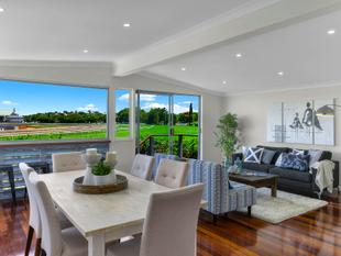 Contemporary Classic with Sweeping Track Views - Hendra