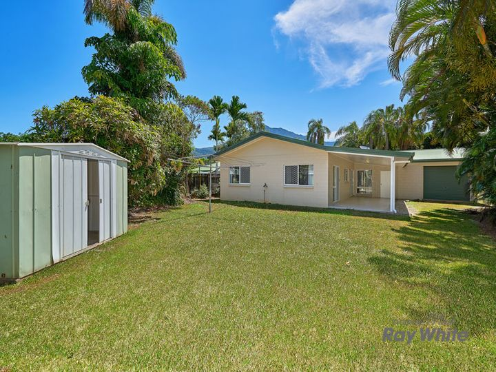 4 Catherine Close, Bentley Park, QLD