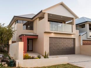 Magnificent family home by the beach - Rockingham