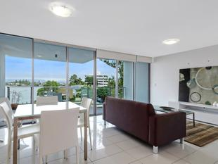 Beautifully Presented Unit Absolutely Must Be Sold! - Surfers Paradise