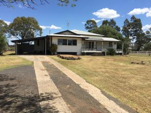 Spacious yet convenient - Plus the option to rent the adjoining 5 acres!! - Dalby