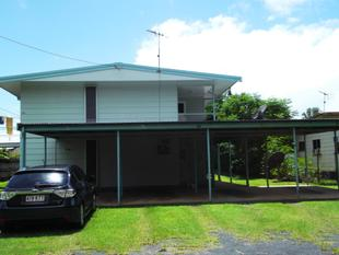 TWO BEDROOM UNIT CLOSE TO BEACH - Flying Fish Point