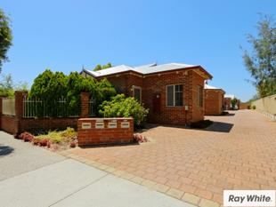 FANTASTIC LOCATION - CLOSE TO EVERYTHING!! - Victoria Park