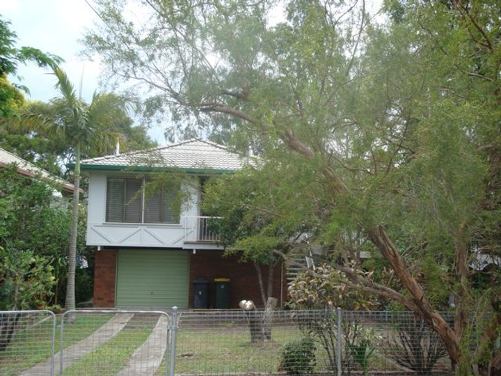 16 Mayhew Street, Sherwood, QLD