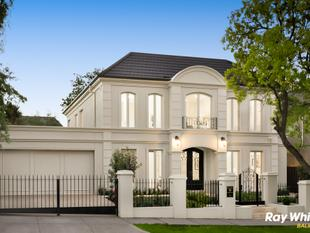 A flawless and majestic masterpiece - Balwyn