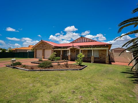 Drummond Cove, 20 Hillview Drive
