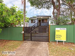 Dual Living Potential, Great Rental Returns - Deception Bay
