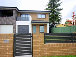 4 Bedroom Duplex - Chester Hill