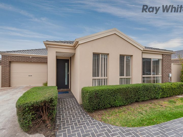 19/3 Austin Place, Melton South, VIC