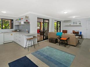 Large::Ground Floor::Pet Friendly::Quiet Position - Greenslopes