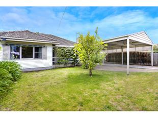 Charming family home with township convenience - Mornington