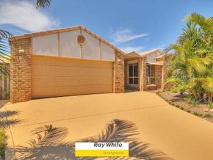 PRISTINE FAMILY HOME WITH COMFORT and CONVENIENCE - Calamvale