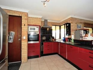 GOOD SIZE FAMILY HOME - Cooloongup