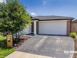 OPEN PLAN LIVING READY FOR YOU - Clyde North
