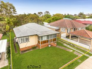 670m2 In Exceptional Location - Be Quick! - Wavell Heights