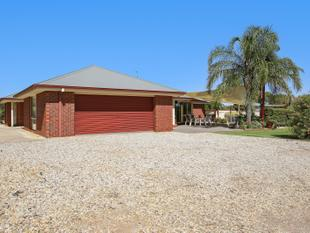 """Our Home""  Large home - 5000m2- Huge shed - Yarrawonga"