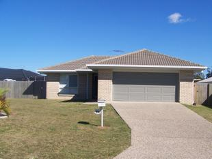 Lowset Home - Great Location!! - Victoria Point