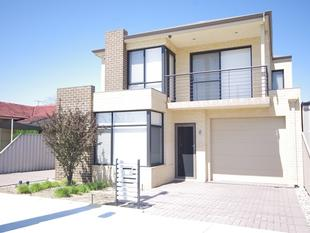 EXECUTIVE TOWNHOUSE - Morley