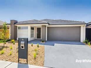 BRAND NEW PROPERTY READY FOR YOU TO CALL HOME - Cranbourne East