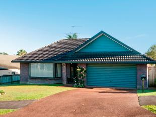 YOUR NEXT FAMILY HOME - Unsworth Heights
