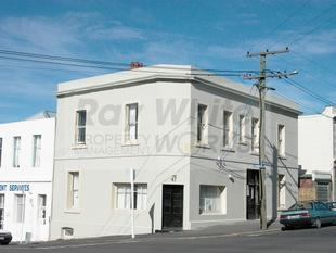 Student Property - Large Inner City Flat - Dunedin Central