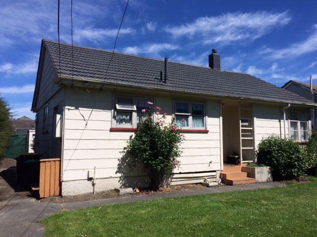 15 belfield street dallington christchurch city rental for Ready lawn christchurch
