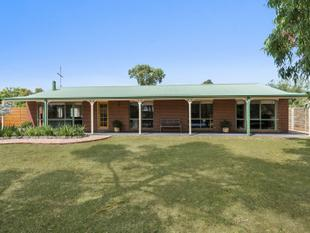 Family Home, Great Court Location On Quality Size 1700sqm block (Approx) - Bannockburn