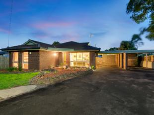 Fabulous family find with space and style - Frankston
