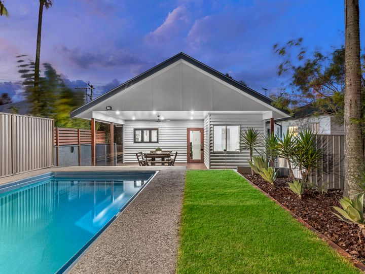 4 White Street, Everton Park, QLD