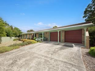 Family Home On 953m2 - Mount Helen