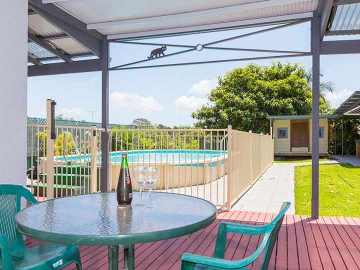 14 Bronte Crescent, Sunshine Bay, NSW