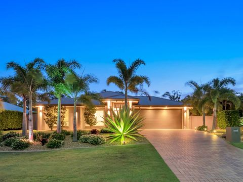 Coomera Waters, 18 Sailaway Court