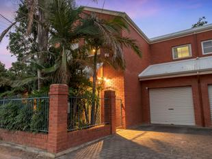 Solid Brick Townhouse in Botanic Style Setting - Prospect