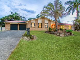 Large Home with loads of land space in prestige Riverdowns - Helensvale
