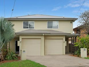 MODERN FREEHOLD TOWN HOME - OVER 5% POTENTIAL RENTAL RETURN - Chermside