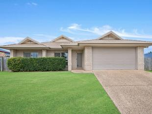 Fresh Paint, New Carpet, Huge 800m2 block with Side Access!!! - Narangba